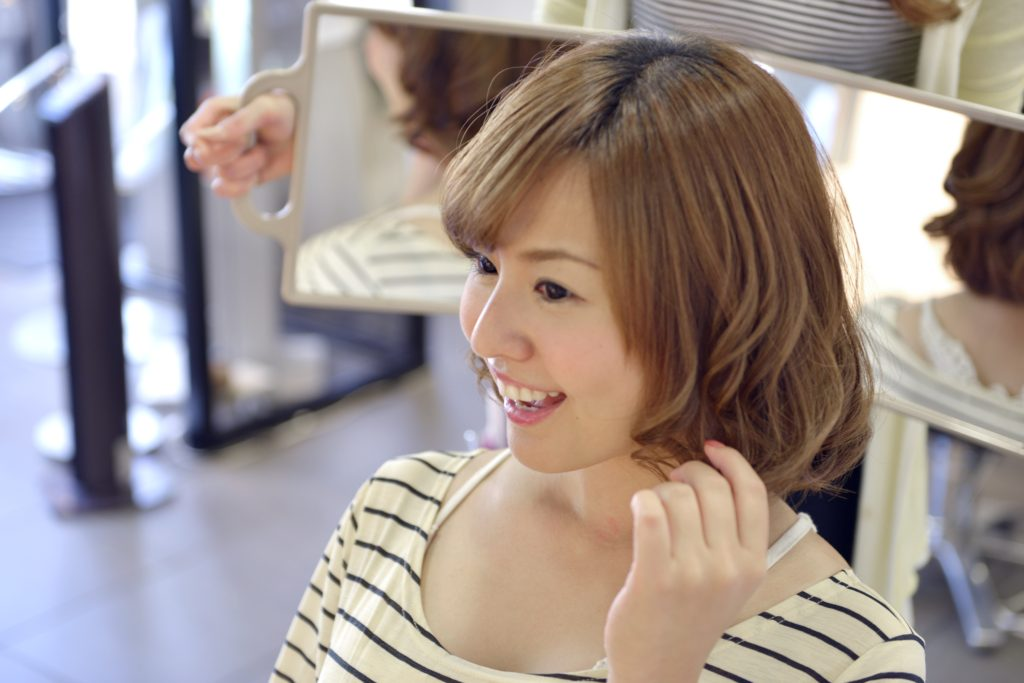 40~50代の縮毛矯正の注意点natyアクア保湿カラー、縮毛矯正でフワさらヘアー