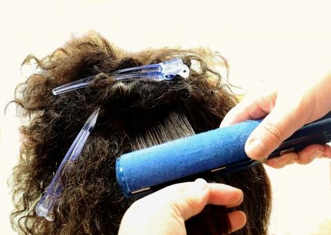 縮毛矯正アイロンテクニック